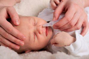 moucher bébé serum physiologique